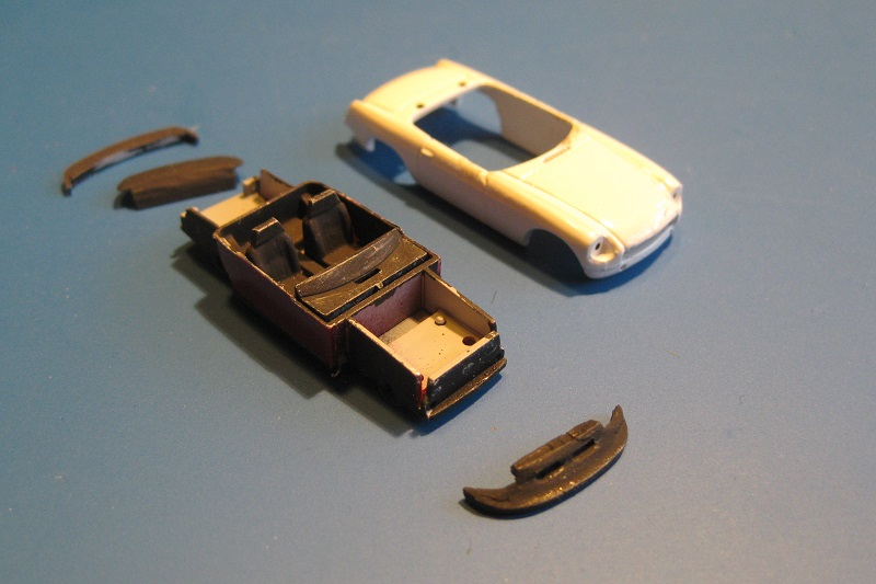 MG-B-onderdelen-op-kleur