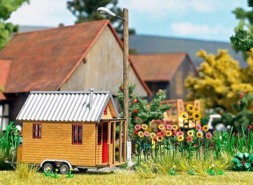 Week 27-2 06 Busch Tiny House bausatz