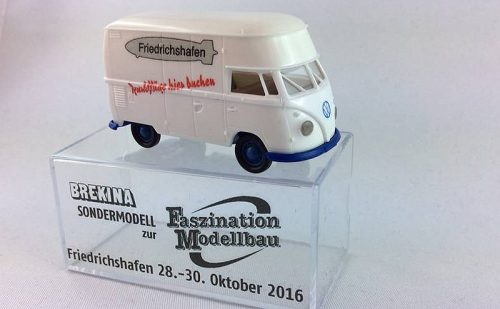 week-44-1-02-brekina-sondermodell
