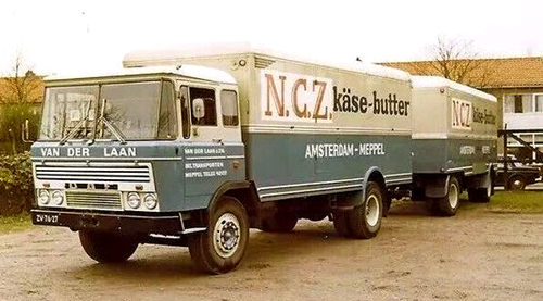 Van der Laan 2600